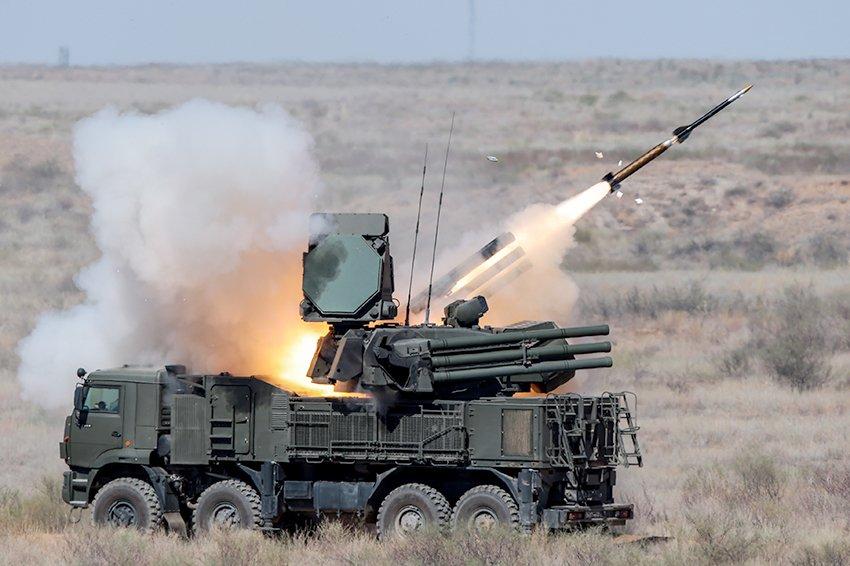 Новый универсальный зенитный ракетный комплекс создадут в России