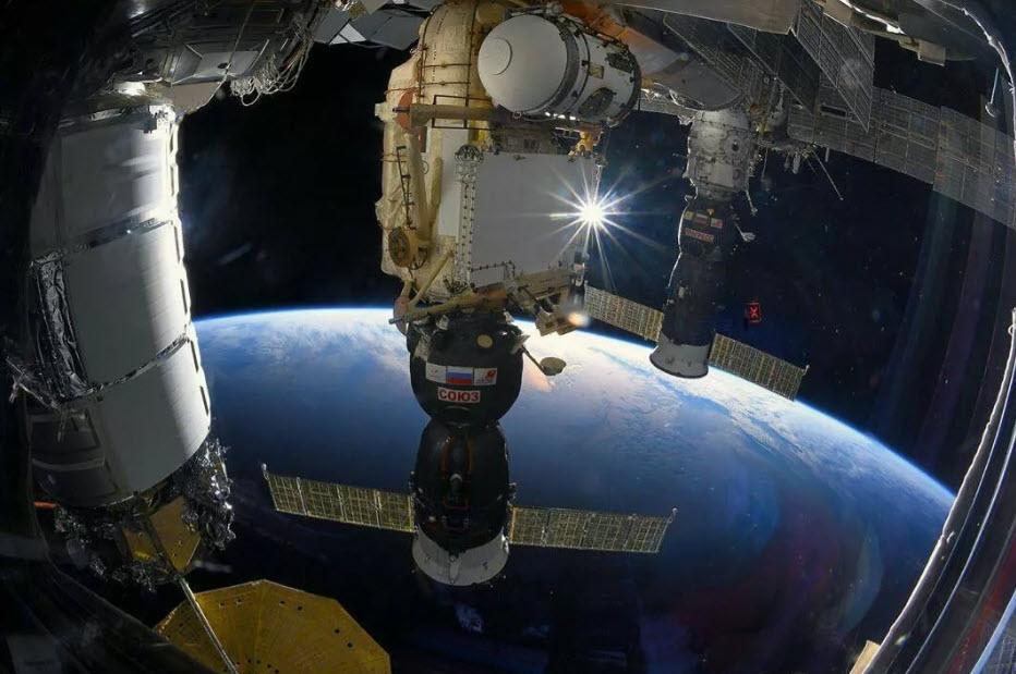 """Новая орбитальная станция России должна стать больше """"Мира"""""""